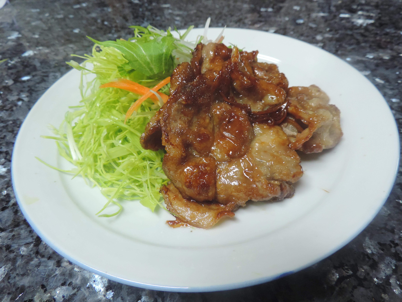 【レシピ付き♥】豚肉の生姜焼き!がっつり男子の心を掴め!