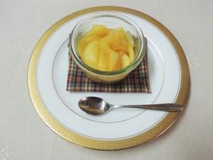 「りんごの簡単甘煮(コンポート)」のレシピをご紹介します。