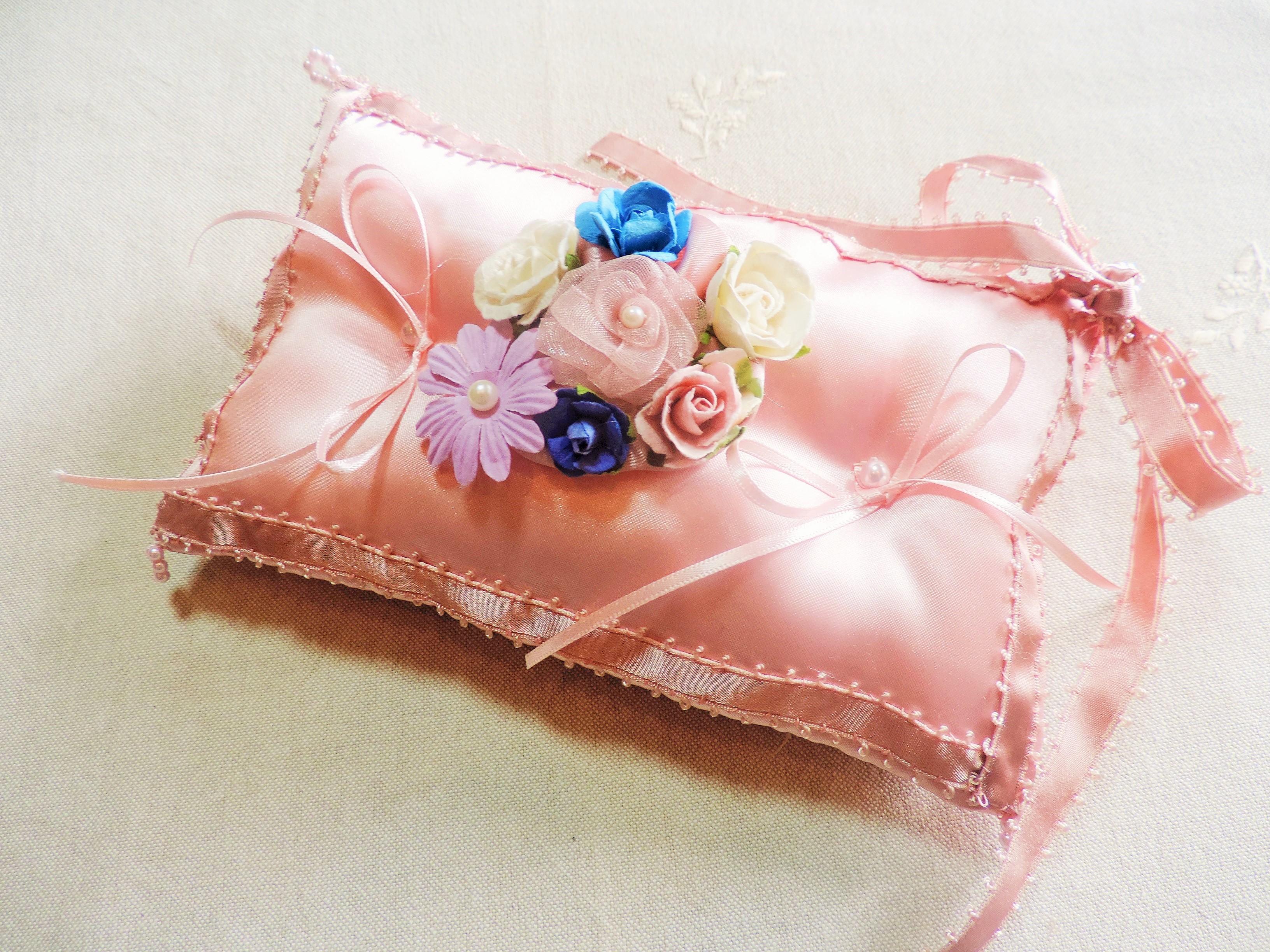 【インテリアにも♥】ピンクのリングピローを手作りしました!