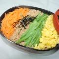 【レシピ付き♥】春に一度は食べたい!「鶏そぼろ三色丼」