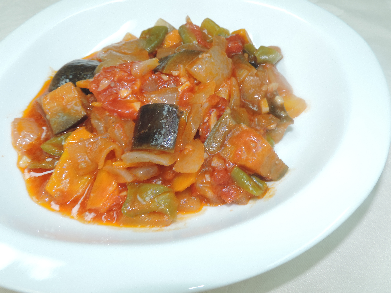 【レシピ付き♥】簡単美味しい!ラタトゥイユの作り方!